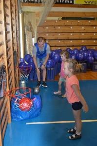 Sportowy Dzień Dziecka w AJP_13